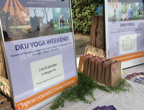 Posters en flyers Yoga de Zonnetuin