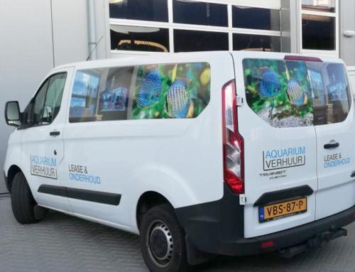 Belettering bedrijfsbus Aquarium Verhuur